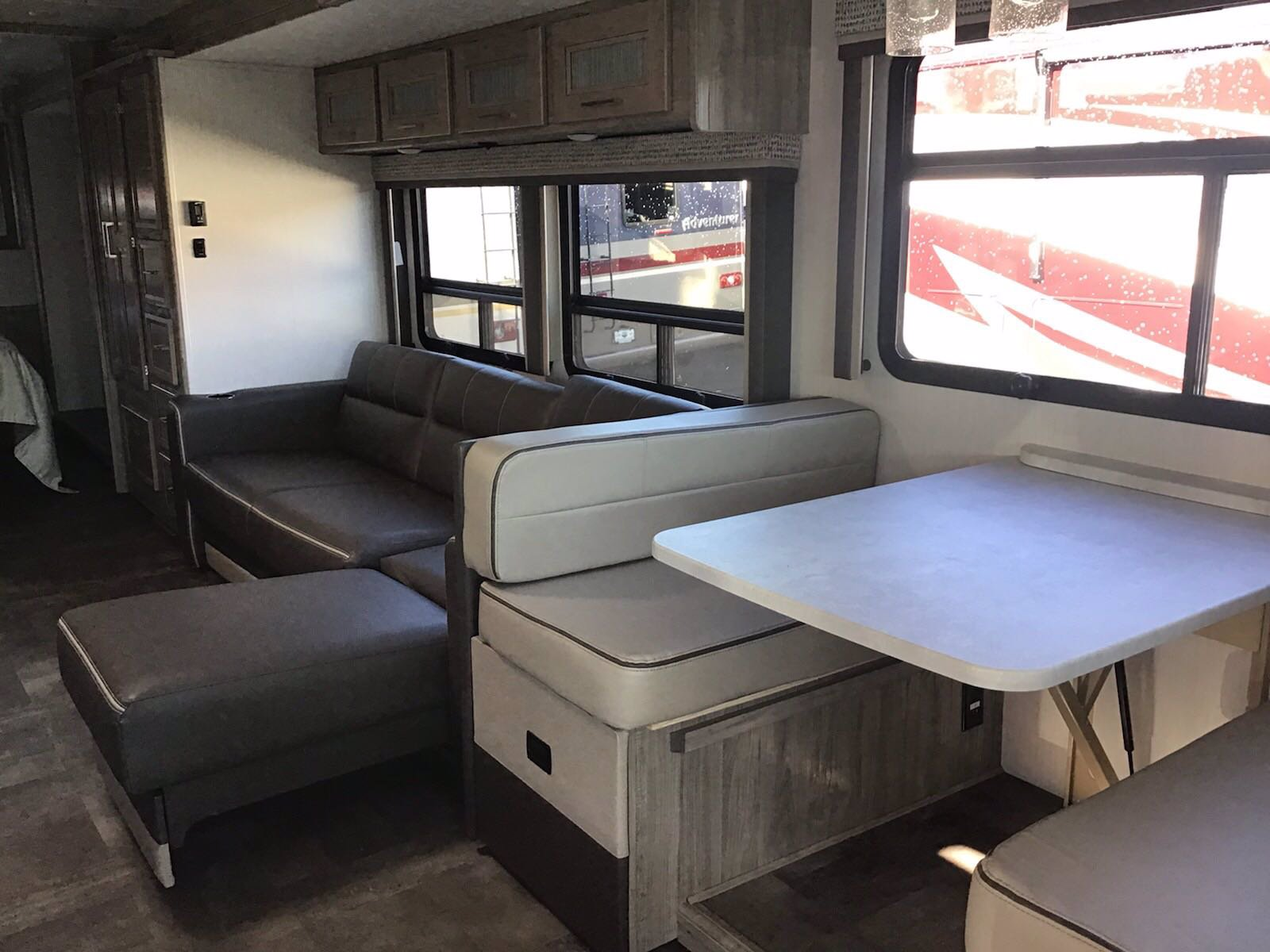 New 2020 COACHMEN MIRADA 32SS