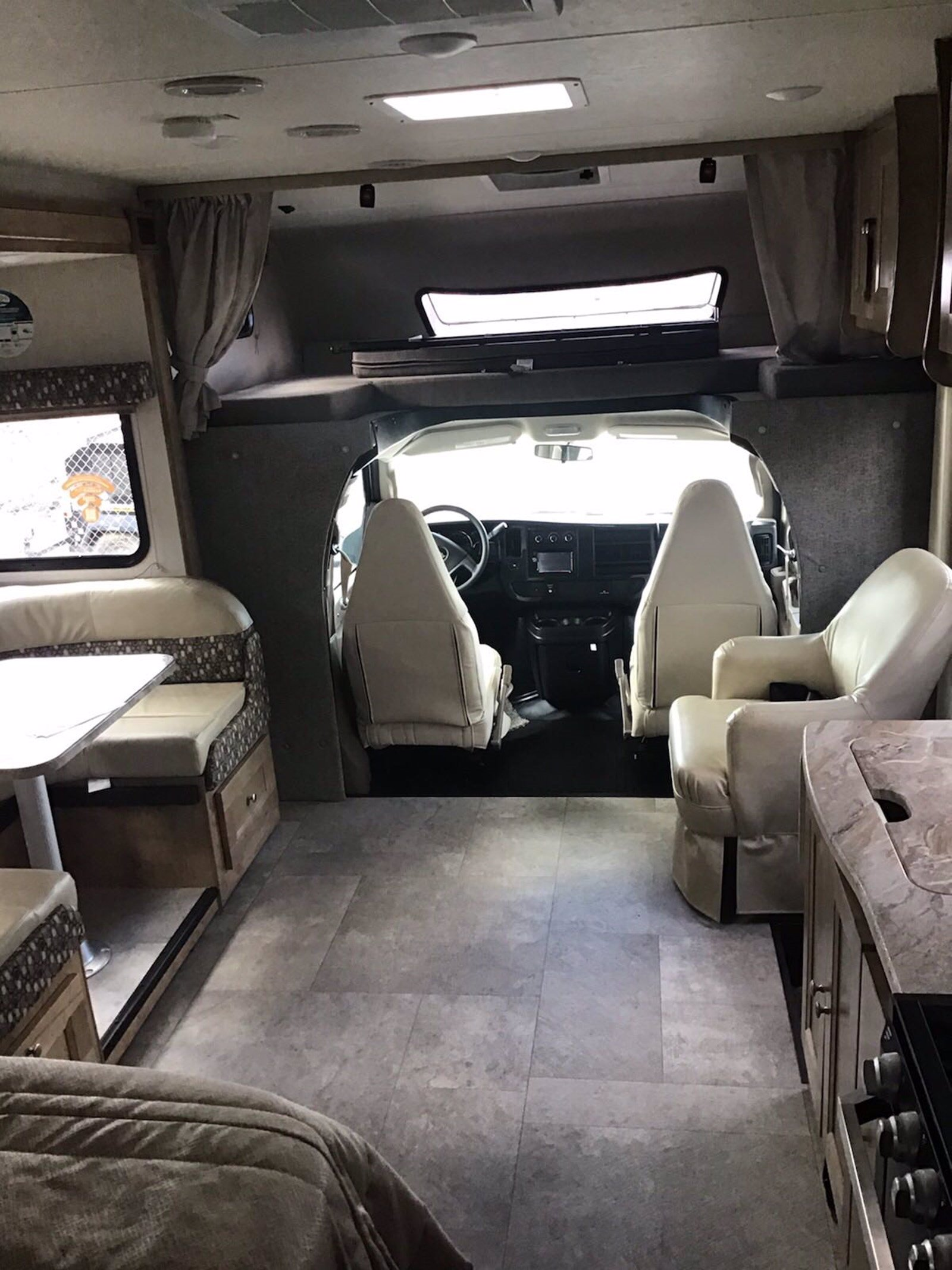 New 2020 COACHMEN LEPRECHAUN 240FS
