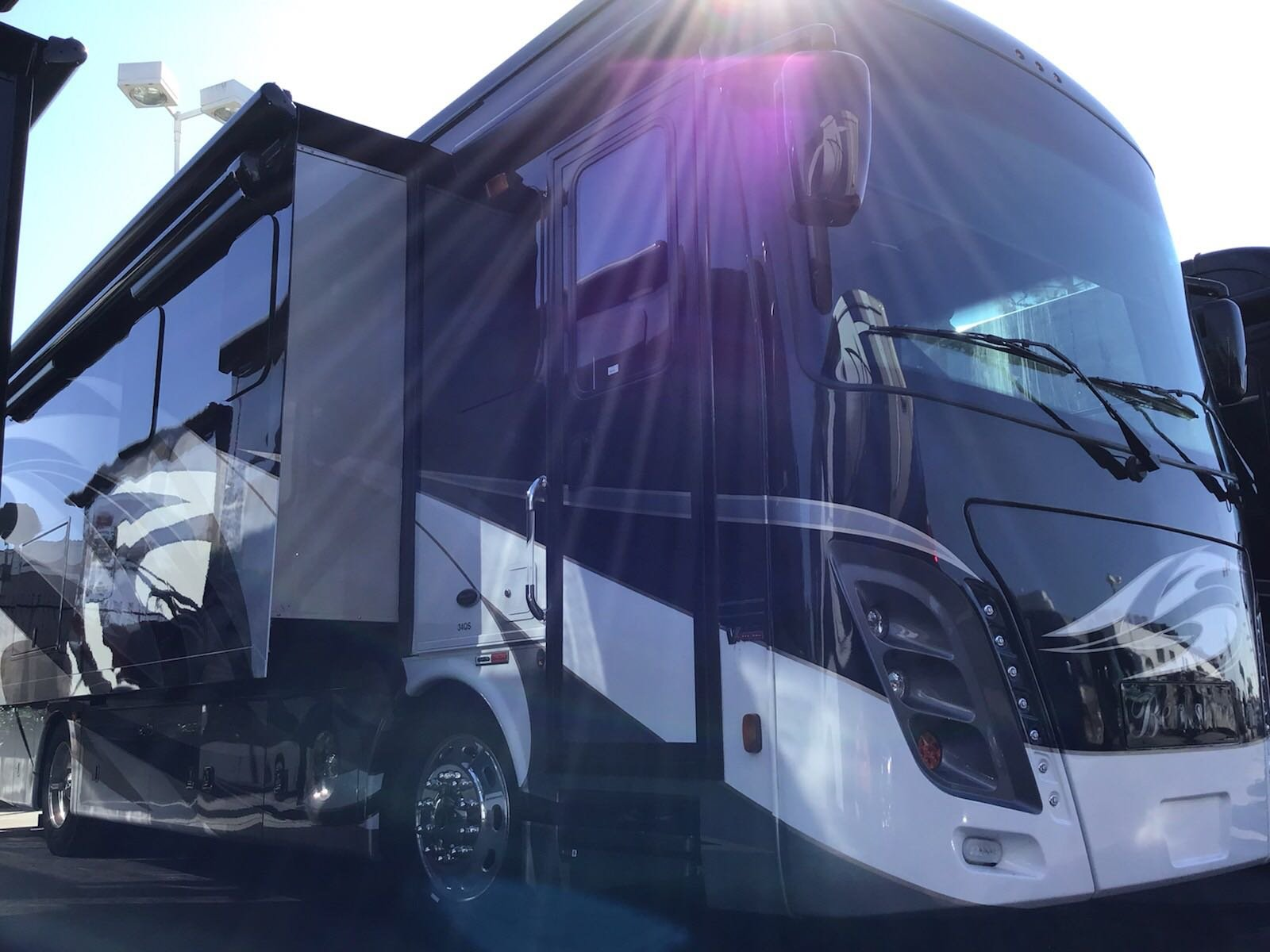 New 2020 FOREST RIVER BERKSHIRE 34QS-2