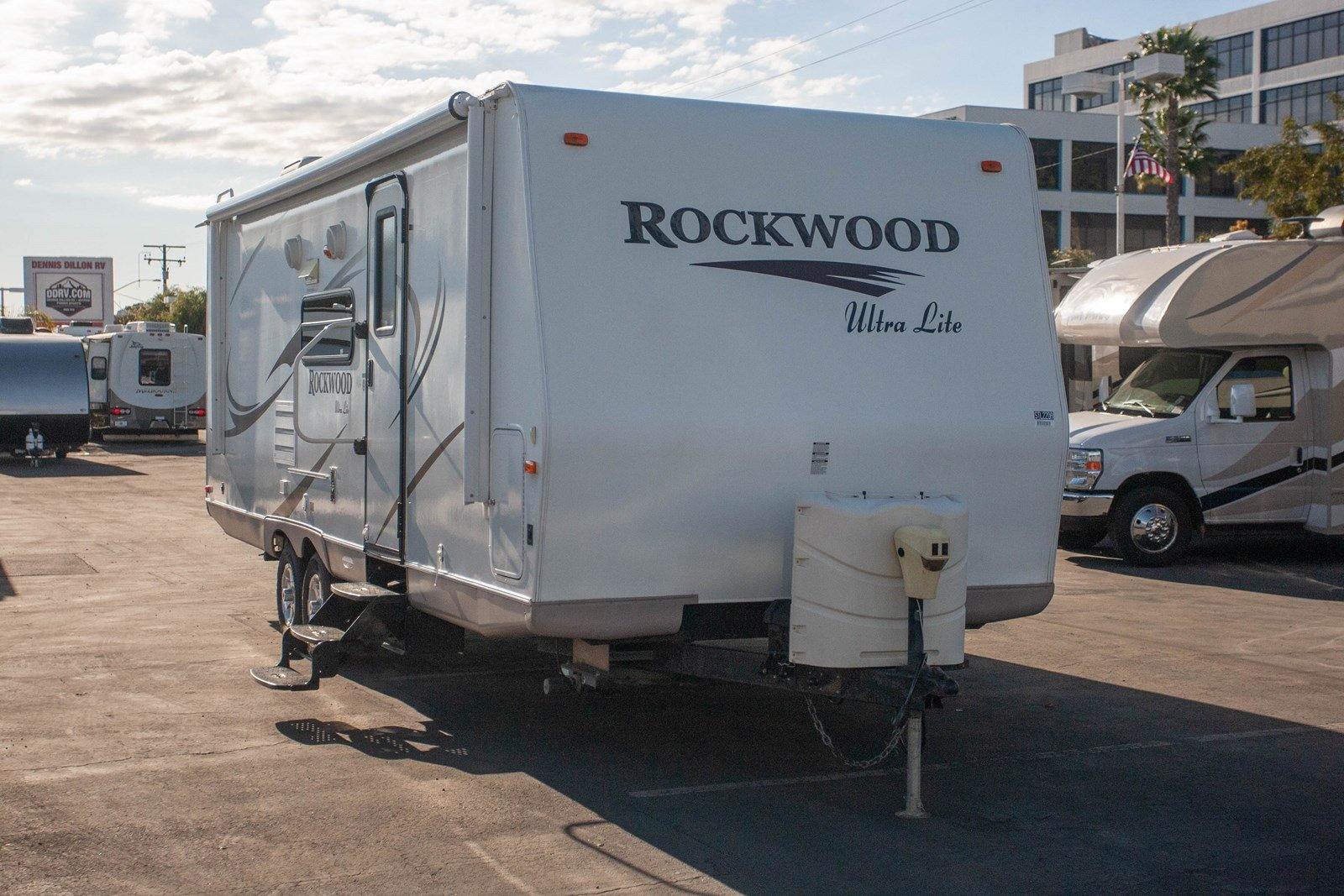 Pre-Owned 2011 FOREST RIVER ROCKWOOD 2501SS