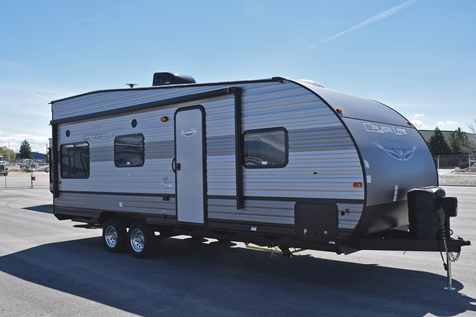 New 2020 FOREST RIVER CRUISE LITE 211SSXL
