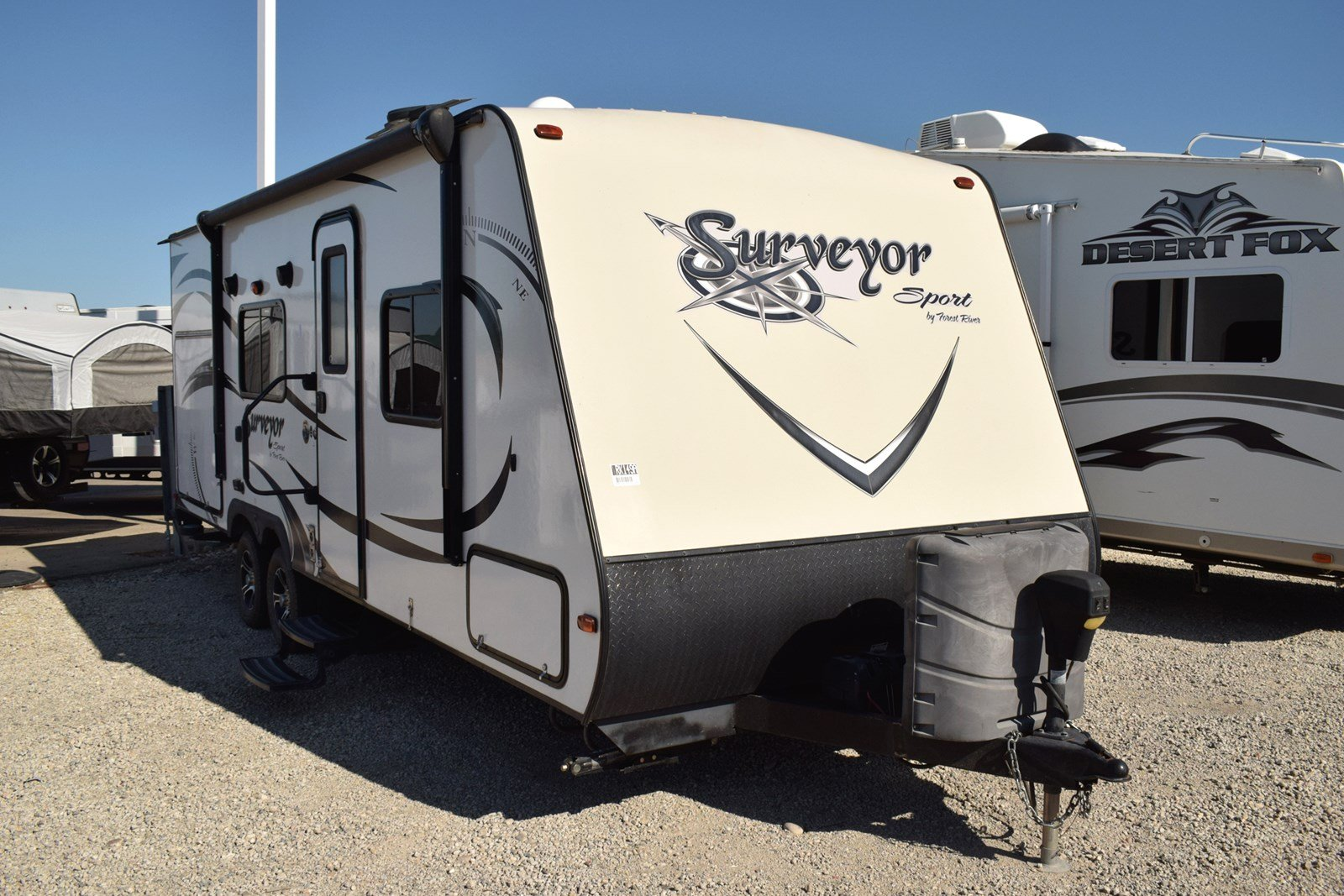Pre-Owned 2015 FOREST RIVER SURVEYOR 240RBS