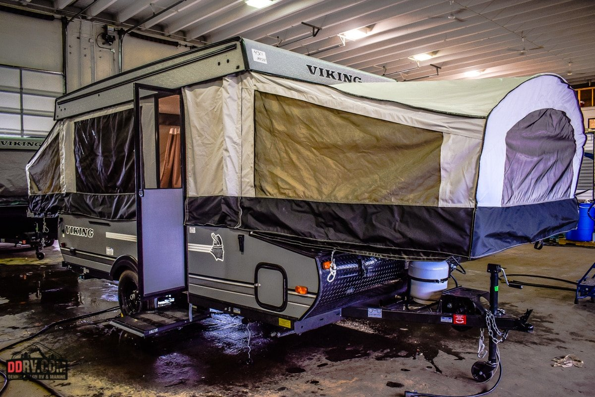 New 2018 FOREST RIVER VIKING 2405ST
