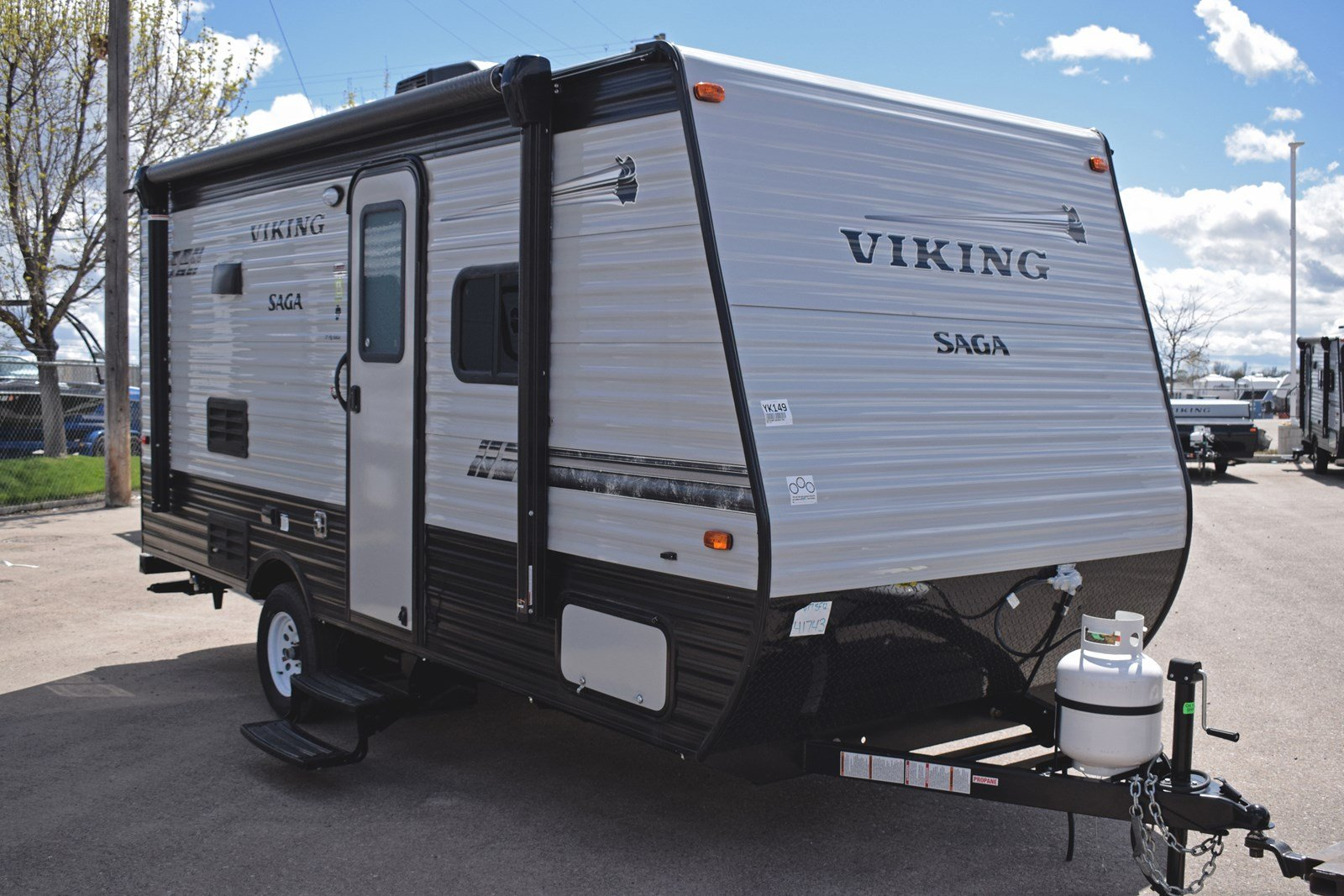 New 2019 COACHMEN VIKING SAGA 17SBH