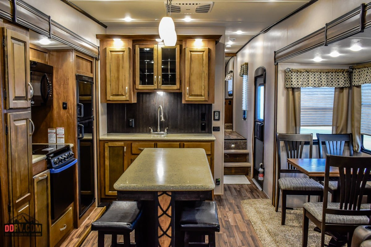 New 2018 Coachmen Chaparral 360ibl Cch In Boise Rj197